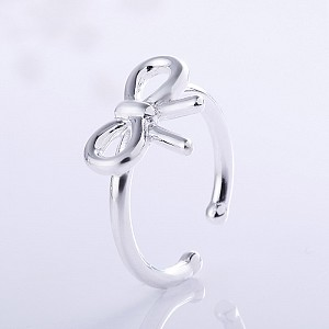 Кольцо «Бант»