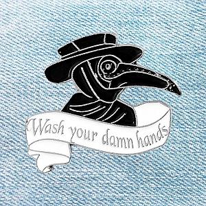 Брошь-значок «Wash your damn hands»