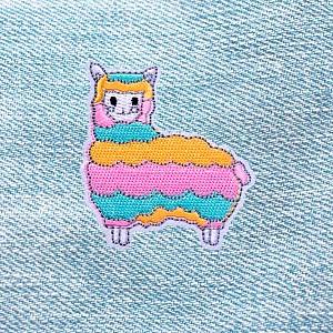 Нашивка «Радужная лама»