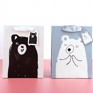 Подарочный пакет «Drawn by a bear» большой