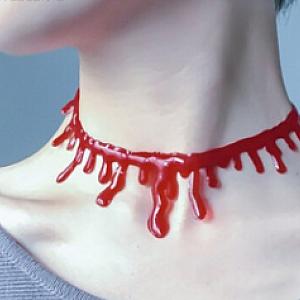 Колье «Vampire blood»